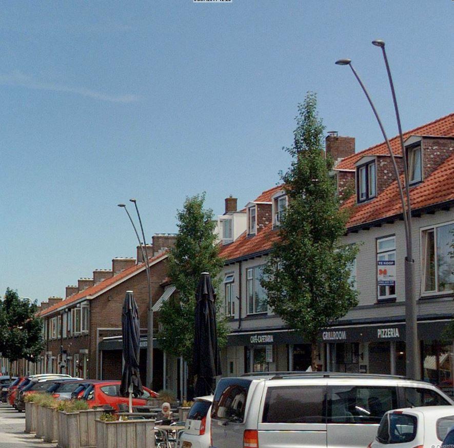 http://www.bureau-ovl.nl/data/pam/public/Afbeeldingen/thylia_mast_en_armatuur.jpg